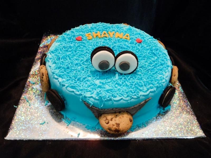 עוגת עוגי מעוצבת ליום הולדת