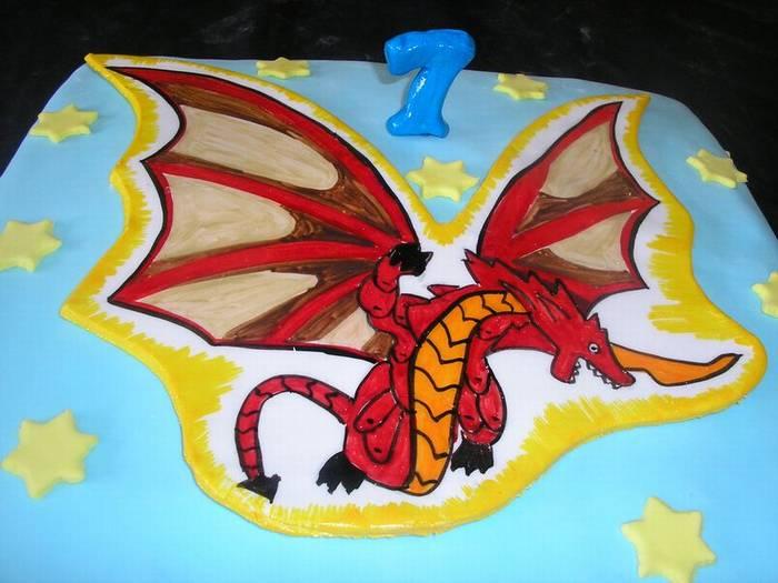 לבנים עוגת יום הולדת דרגונבויד מ בקוגן דרקון