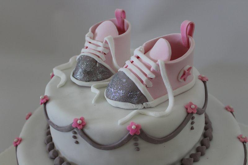 נעלי תינוק מפוסלות ואכילות