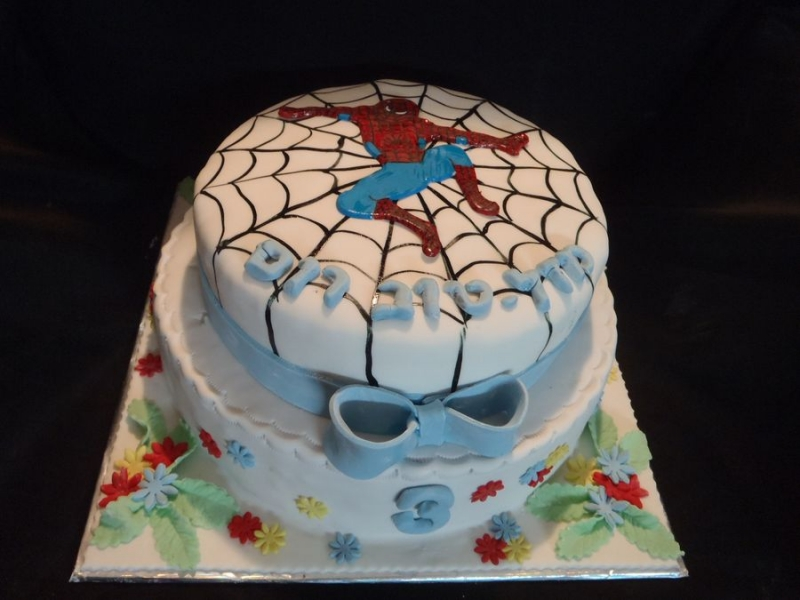 ספיידרמן עוגת יום הולדת לבנים