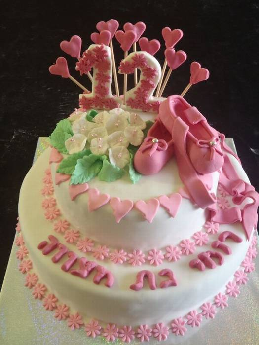 עוגת בת מצווה נעלי בלט ו פרחי ליליות