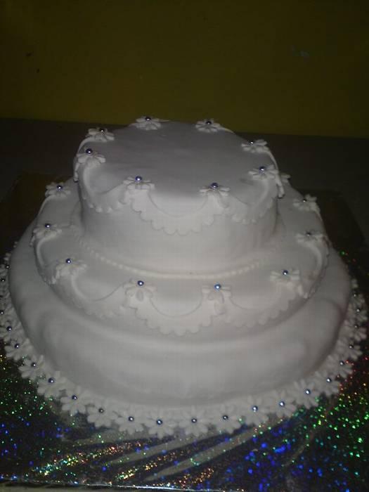 עוגת חתונה אלגנטית 3 קומות