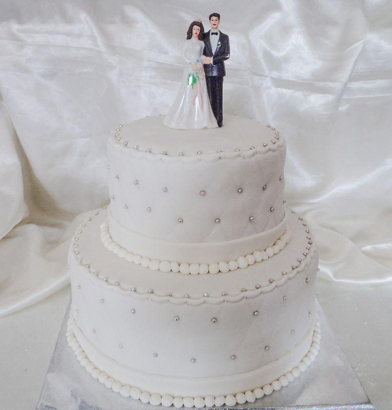 עוגת חתונה קומות כפולות עם אבנים מוכספים