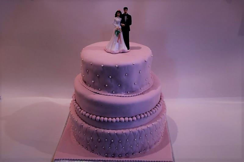עוגת חתן כלה 3 קומות