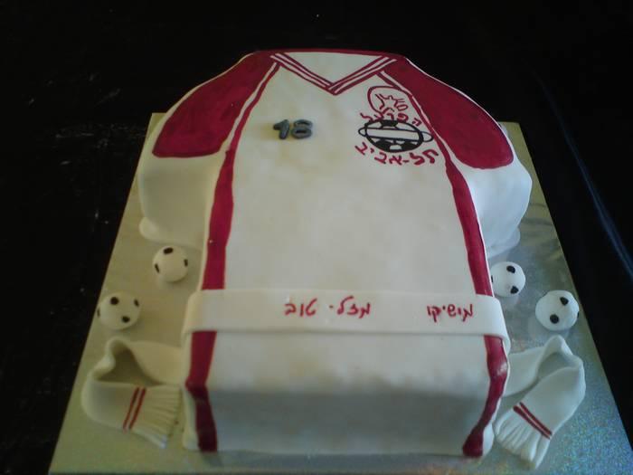 עוגת יום הולדת חולצה כעוגה של הפועל תל אביב כדורגל