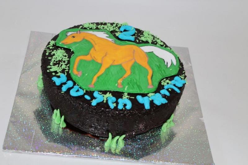 עוגת יום הולדת סוס טאורה