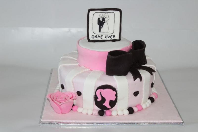 עוגת למסיבת רווקות